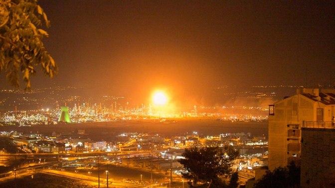 קשה להאמין: איך מגיבה עיריית חיפה לשריפה במפרץ?
