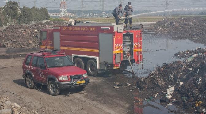 שבוע לשריפה במפרץ, ותשומת הלב הציבורית מתגברת. איפה ראש העיר?