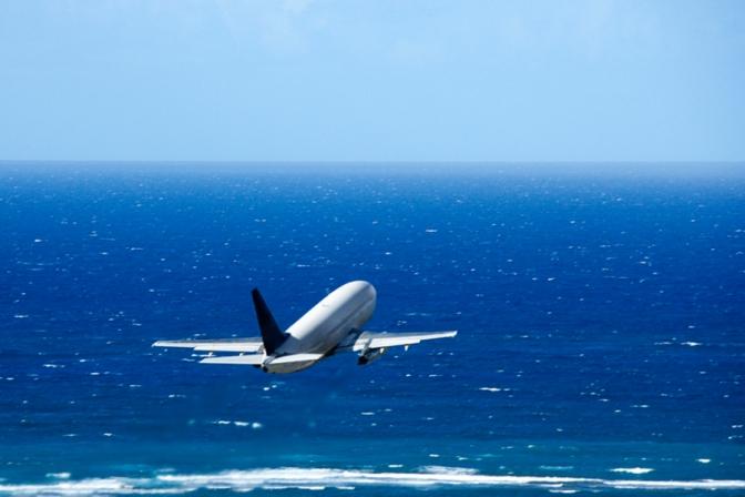 למה אין בחיפה שדה תעופה עם טיסות ישירות לאירופה?