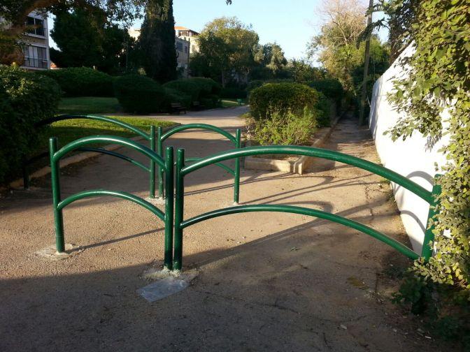 """""""חיים בחיפה"""" דואגים לבטיחות הילדים בגן המייסדים, קרית חיים"""