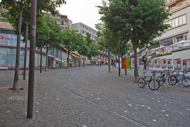 גם בלוזאן יש טופוגרפיה חריגה ומעניינת. אז מה? לא מוותרים על חנייה מוסדרת לאופניים. Photo Credit: Mélanie, CC BY-NC 2.0